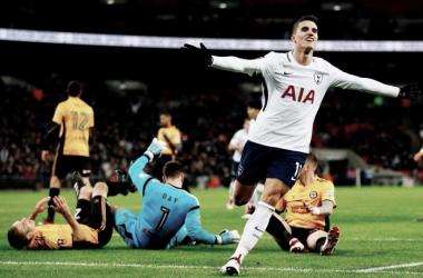 El Tottenham avanza a la siguiente ronda paseándose