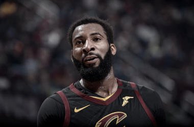Drummond Stays in Cleveland