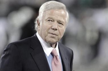 Kraft ganó 6 Super Bowls con Patriots // Foto: New England Patriots oficial.