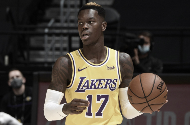 Lakers Engage Extension Talks With Schroder