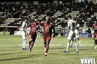 Manuel Pérez se hizo presente en el primer gol e hizo un gran partido para que su equipo logrará la victoria.