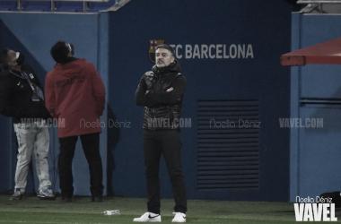García Pimienta en el 6-0 contra el Hospitalet en el Johan Cruyff. Foto: Noelia Déniz.