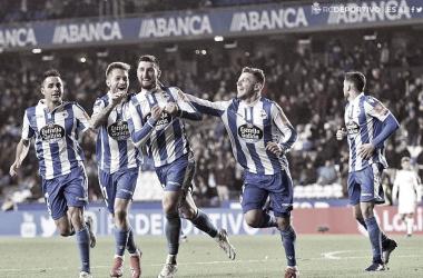 Los jugadores del Dépor celebran un gol de Borja Valle / RCDeportivo