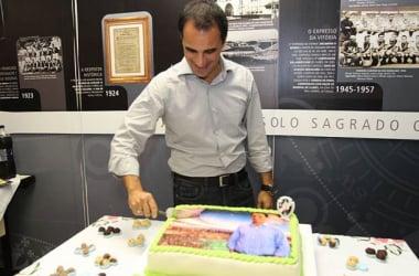 Vasco buscará novo atacante para a Série B, garante Rodrigo Caetano
