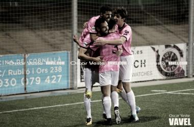 Celebración del primer gol del Cornellà. Foto: Oscar Yeste