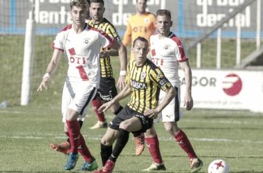 "Javier ""Son""Hidalgo refuerza la zaga de la Deportiva | Foto: Juan Echeverría."