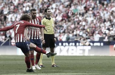 Griezmann abrió la lata con un golazo de falta. Foto: Web Oficial Atlético de Madrid