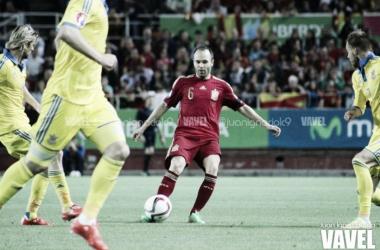 La falta de gol penaliza a una España muy superior