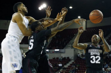 #1 Kentucky Crushes Mississippi State On Its Mission For Perfection