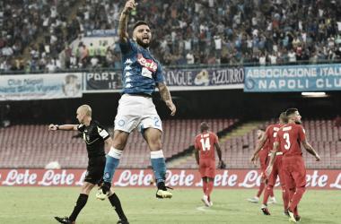 Insigne decide, Napoli bate Fiorentina em casa e encosta na liderança da Serie A