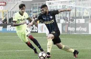 Gabriel Barbosa não teve muitas oportunidades no jogo (Foto: Marco Luzzani/Internazionale)