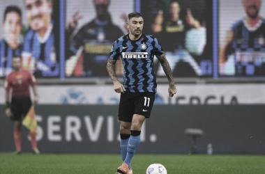 Kolarov defendendo a Inter de Milão (Fonte: Divulgação / FC Internazionale)