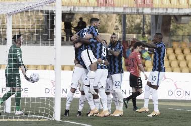 Em avassalador primeiro tempo, Internazionale goleia Benevento com dois de Lukaku