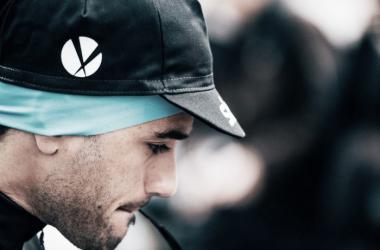 Intxausti pensativo antes de una carrera | Foto: Team Sky