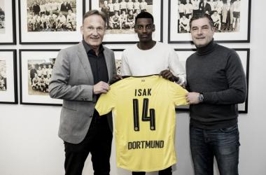 Alexander Isak ufficializzato su Twitter, www.twitter.com (@BVB)
