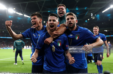 Italy 1(4)-(2)1 Spain: Jorginho scores winning penalty to send Italy to Euro 2020 final