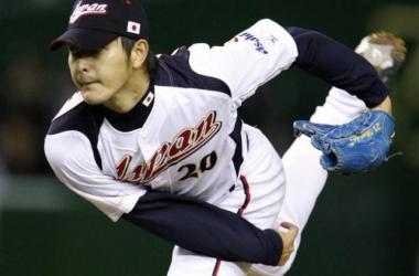 Los Mariners firman al abridor Hisashi Iwakuma