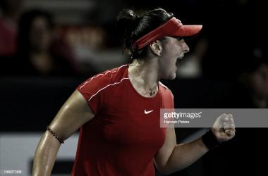 Andreescu da el batacazo y vence a Wozniacki en Auckland