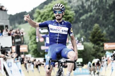 Julian Alaphilippe vince a Lans-en-Vercors. Fonte: Criterium du Dauphiné/Twitter