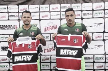 Jaime e Bruno Silva estão formando uma dupla segura (Foto: Rodrigo Baltar / Santa Cruz)