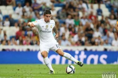 Primera titularidad de James en la temporada, con gol