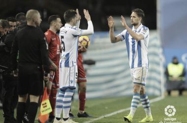 Igor Zubeldia sustituye a Adnan Januzaj en el choque frente al RCD Espanyol, en Anoeta / Foto: LaLiga