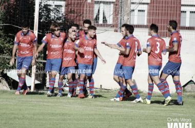 Fotos e imágenes del UC Ceares 2-1 Condal Club, Tercera División Grupo II