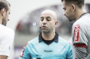 Gre-Nal 413: Jean Pierre Lima é o árbitro principal; VAR conta com nomes da Federação Paranaense