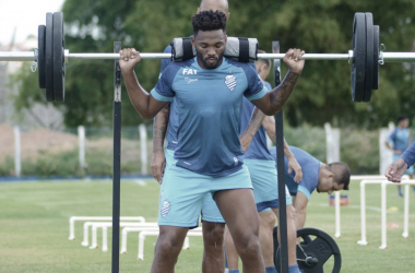 Em seu retorno ao Marítimo, volante Jean Cléber projeta boa temporada em Portugal