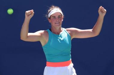 US Open: Jennifer Brady rolls past Angelique Kerber to reach first Grand Slam quarterfinal