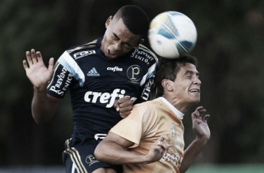 Gabriel Jesus rouba a cena e Palmeiras goleia em jogo treino