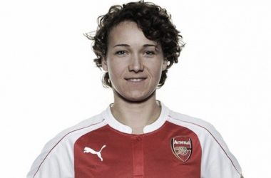 Arsenal Ladies confirm Henning capture