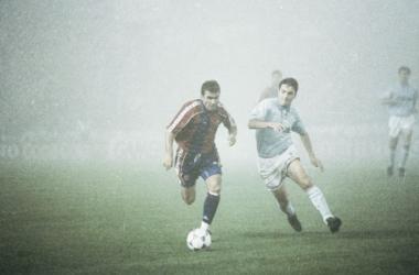 Hagi, el Celta y los 52 metros neblinosos que recorrió el balón
