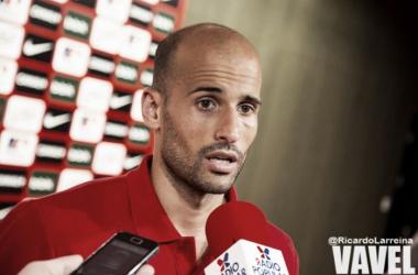 Mikel Balenziaga, en rueda de prensa. | Foto: Ricardo Larreina (VAVEL).