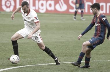 Pedri en una acción del partido ante Jordán | Foto: Sevilla FC