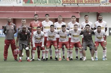 João Paulo comemora classificação do Tombense às semifinais do Campeonato Mineiro