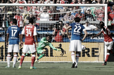 Arsenal score late winner to down MLS All-Stars, 2-1