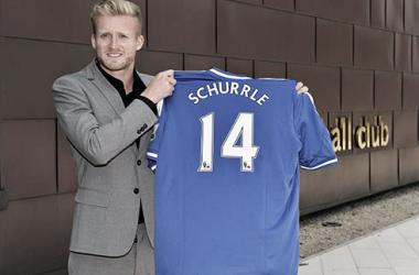Chelsea confirma a transferência de Schürrle