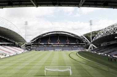 En el John Smiths Stadium debutarán Huddersfield Town y Chelsea por la Premier League | Fuente Huddersfield.