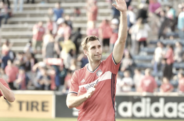 Jonathan Campbell waving to Chicago supporters. | Photo: Chicago Fire