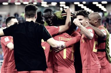 Bélgica celebrando uno de los goles ante Inglaterra. | Foto: FIFA.com
