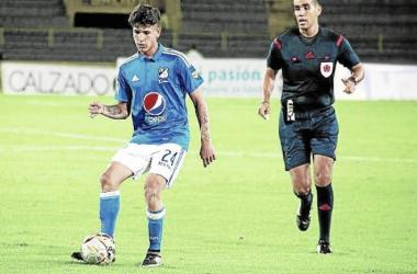 Jorge Carrascal ya entrena con el Sevilla
