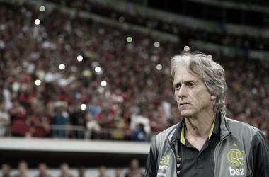 Flamengo comandado por Jorge Jesus mira o topo do Brasileirão