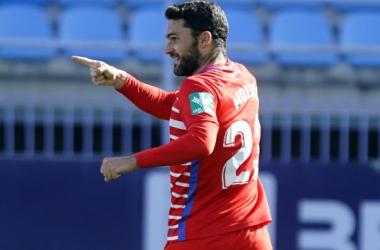 Jorge Molina celebrando su gol en la victoria frente al Málaga / Pepe Villoslada / Granada CF