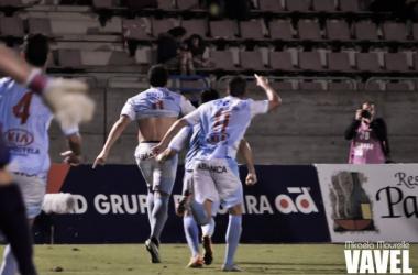 Fotos e imágenes del SD Compostela 2-1 CD Tudelano de la jornada 12, Segunda División B Grupo I