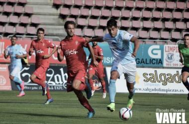 Fotos e imágenes del SD Compostela 0-2 Real Sporting de Gijón B de la jornada 4, Segunda División B Grupo I