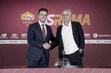 José Mourinho foi apresentado nesta quinta-feira (Fonte: Divulgação / AS Roma)