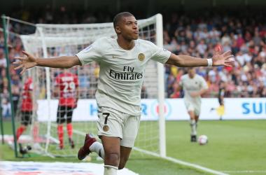 Mbappe de retour aux affaires en Ligue 1. (Twitter: @francefootball)