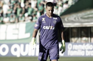 Diego Alves: melhorias no setor defensivo do Flamengo e segurança na Sul-Americana