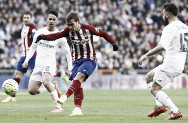 Griezmann marcando o gol da vitória contra o Real Madrid (FOTO: Divulgação/Atlético de Madrid)